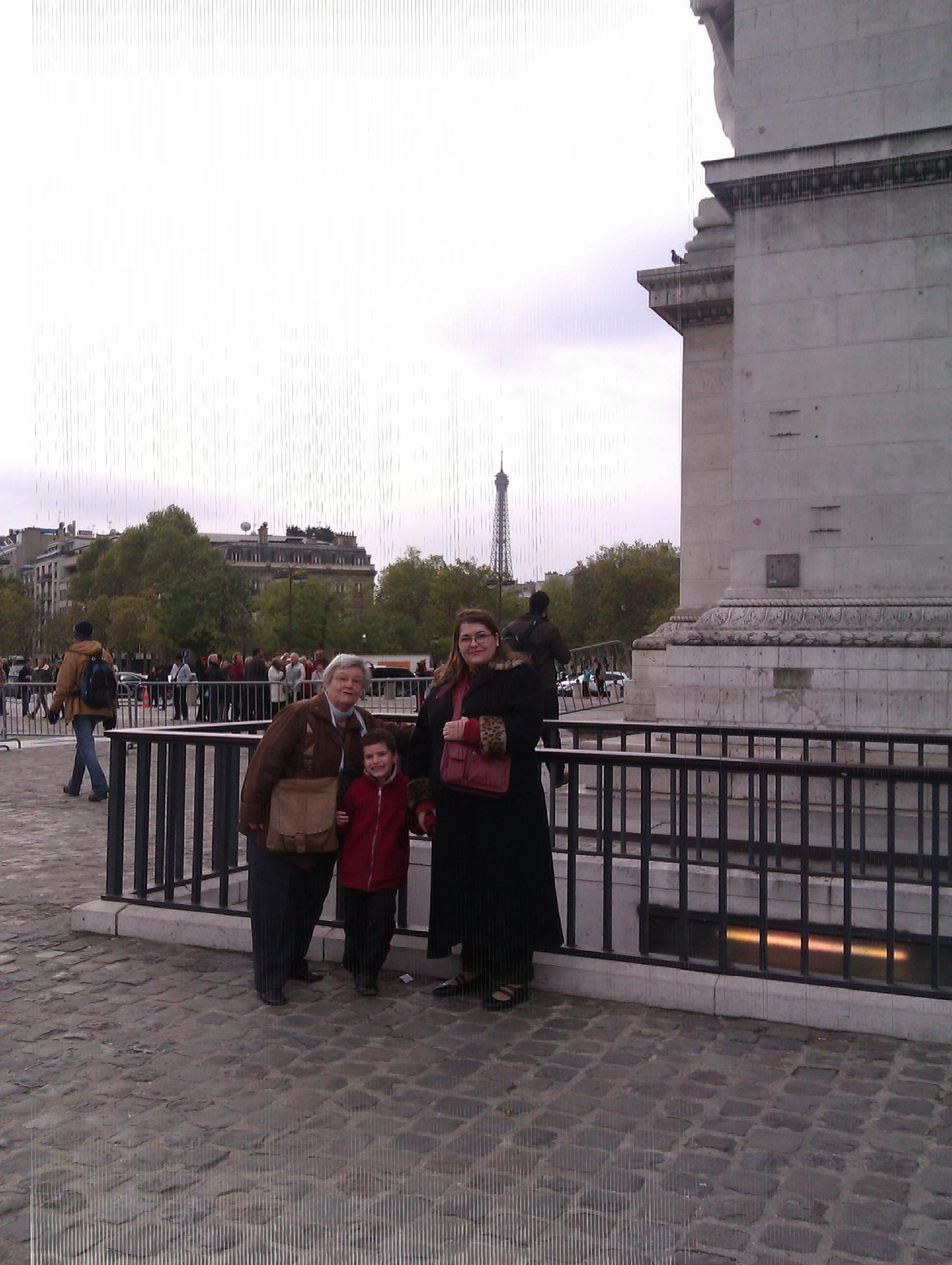 http://ralsina.me/galleries/london-paris-2012/IMAG0845.jpg